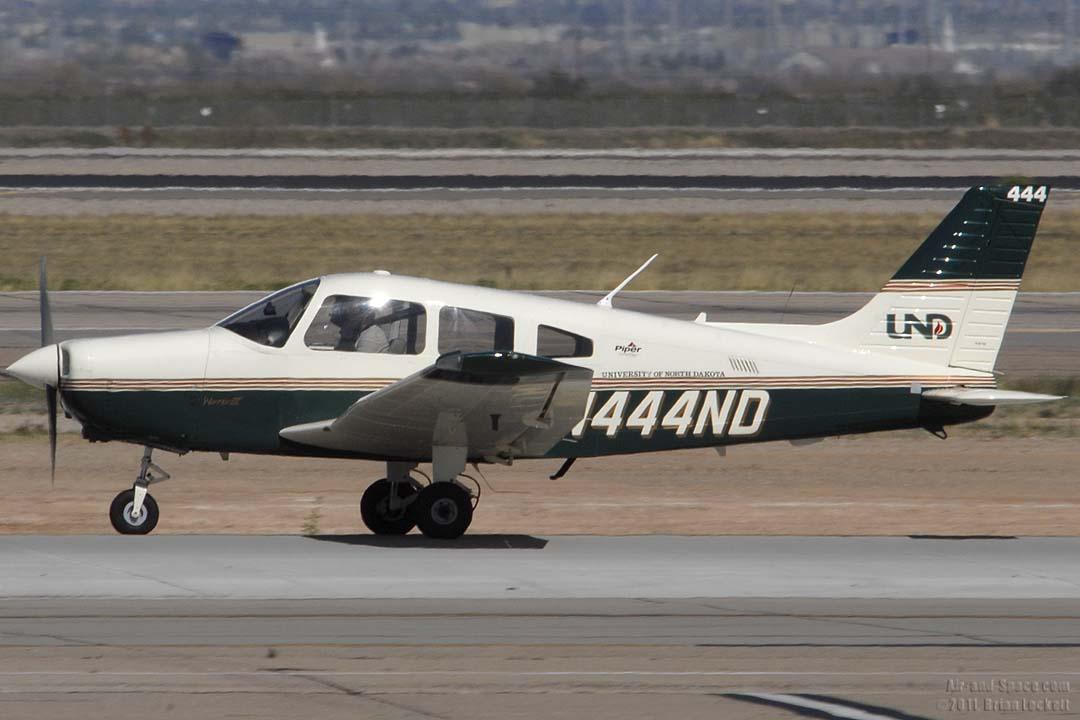 Piper P28